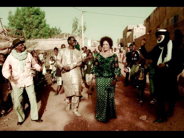 Bassekou Kouyate - Désert Nianafing feat. Amy Sacko, Afel Bocoum & Ahmed ag Kaedi