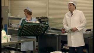 Dinnerladies - Series 1 - Episode 1 - Part 1