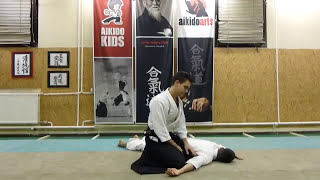 suwari waza (sitting) gyakuhanmi katatedori ikkyo omote [TUTORIAL] Aikido basic technique