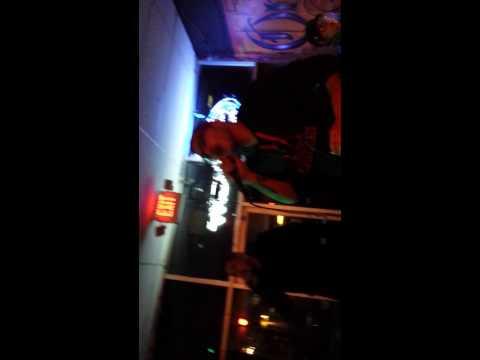 Eddie amd alberto odio karaoke
