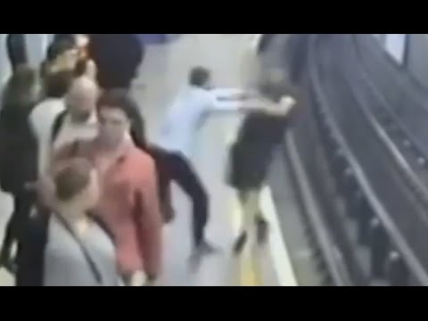 Man Shoves Another Man Onto Subway Tracks CAUGHT ON TAPE | ABC News