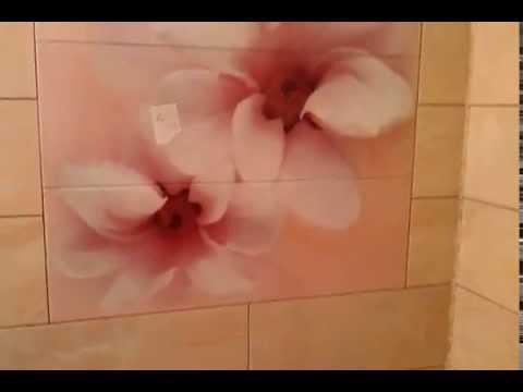 Укладка негабаритного  панно  в ванне на стену (не стандартное решение)