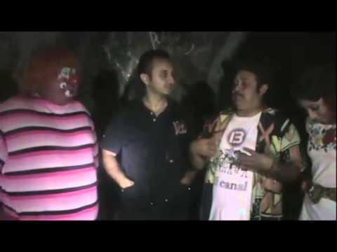 135.- Baax Onda y JM en una hacienda...