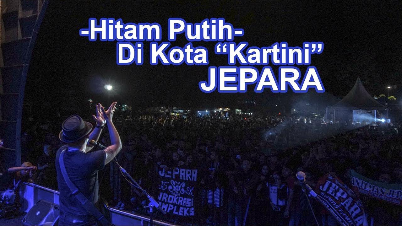 Cozy Republic - Hitam Putih (Live Jepara, Jawa Tengah) - YouTube