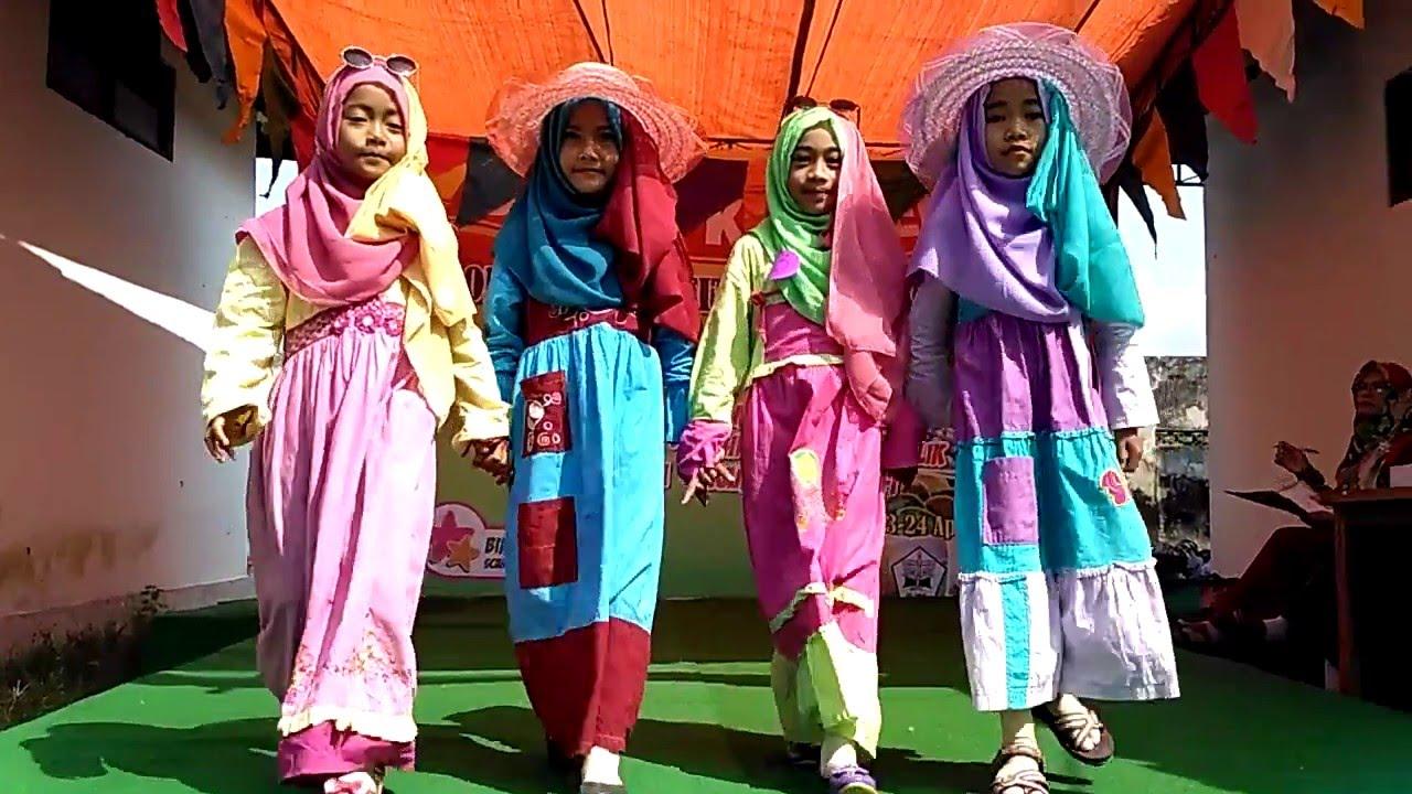 87 Gambar Baju Fashion Show Anak Muslim Terbaik Infobaru
