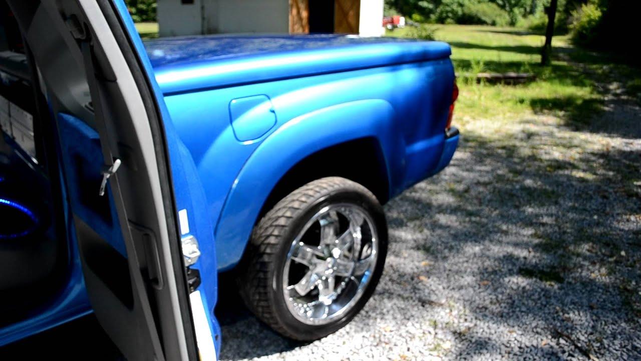 Moto Metal Wheels >> 2006 Toyota Tacoma - Air Bag Suspension, Lambo Doors, 22 Chrome rims, 3 JL Subs, and more - YouTube