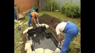 видео Как установить и обустроить пруд пластиковый садовый