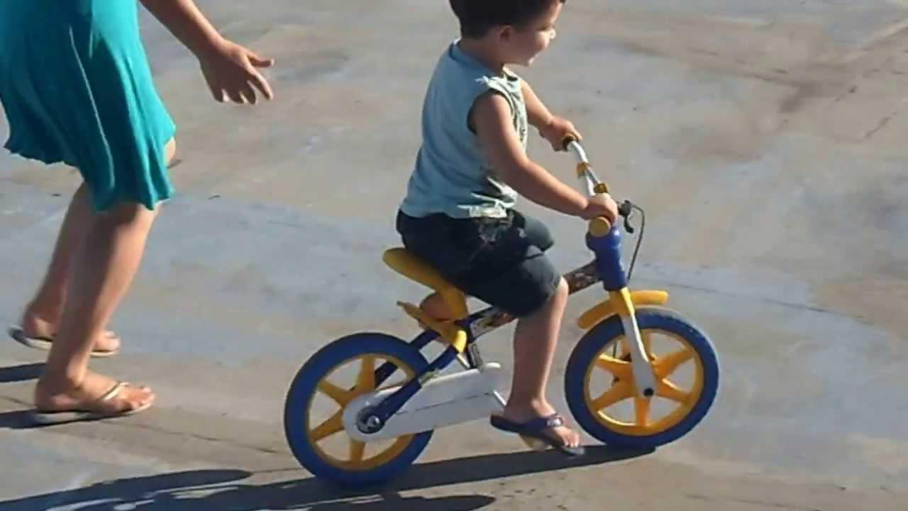 Sam 2919 Menino De 2 Aninho Ja Anda De Bicicleta Sem