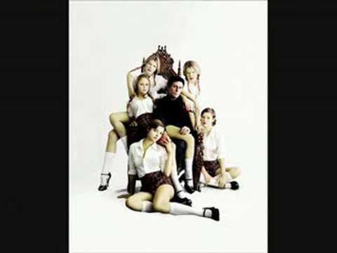 """Gabriel Byrne """"Addicted To Love"""""""