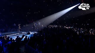 Concert crowds singing (Justin Bieber, Beyonce, The Lumineers, Hozier, Adele, Snow Patrol)