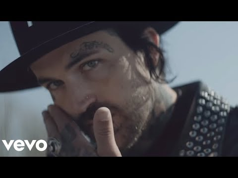 Yelawolf - Best Friend ft. Eminem (Official Music Video)