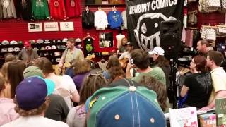 Moe. Providence ri Newberry comics calyphornya