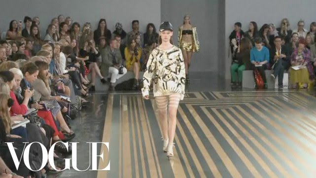 6ab31e758cce Unique for Topshop Ready to Wear Spring 2012 Vogue Fashion Week Runway Show