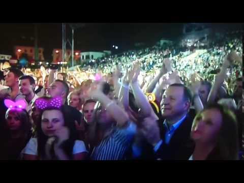 Jacek Kurski podczas festiwalu disco-polo