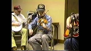 Jam Session and Dance at Wien, Missouri (clip #12) Pete McMahan playing St. Anne