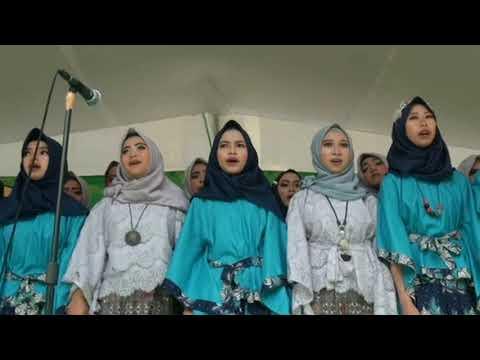 Lagu Perpisahan Sapu Nyere Pegat Simpay Paduan Suara Kelas 9 MTs. Puteran