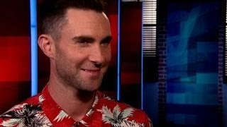 Repeat youtube video Adam Levine: Blake Shelton Is A 'Cutthroat Maniac'