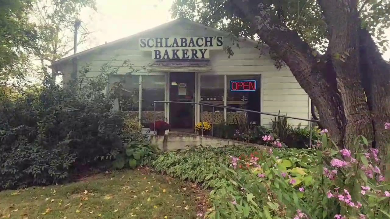 Visiting Schlabach's Amish Bakery in Guthrie, Kentucky