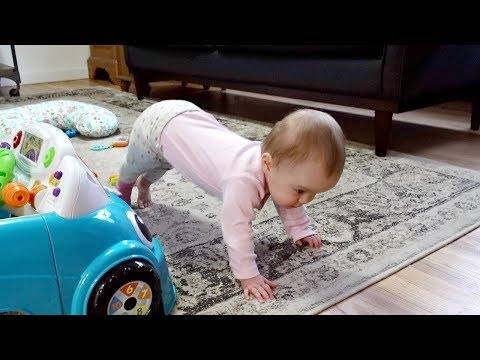 8 MONTH OLD DOES BABY YOGA!
