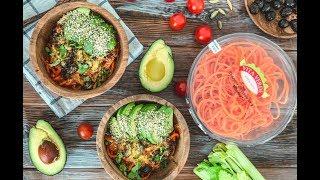 Спагетти из батата с вялеными помидорами и шпинатом