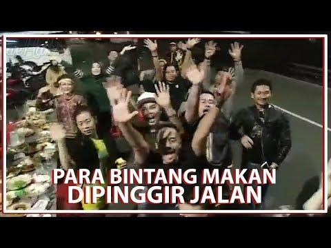 Image of Para Bintang Makan di Pinggir Jalan
