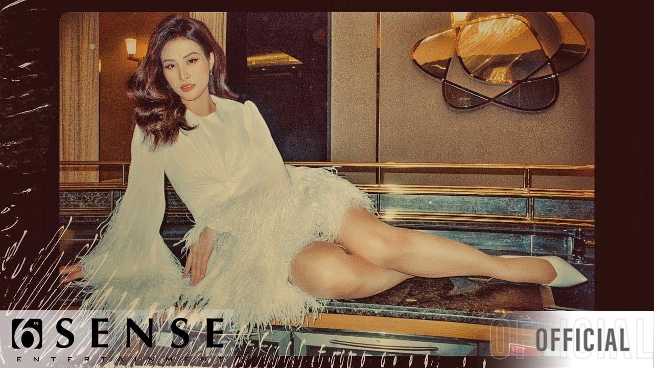 [Full HD] Bà bầu Đông Nhi hát 7 bài trong đêm nhạc tại Phú Quốc
