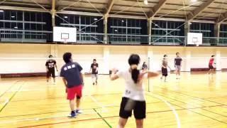 徳島県小松島市内の体育館で活動しているバドミントンチーム ゲッパチの...