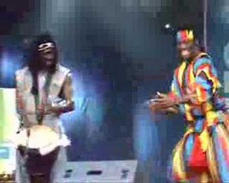 Meistertrommler der Band African Power - Djembefola aus Guinea