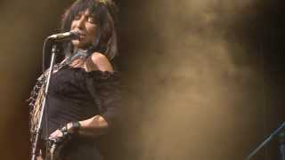 "Buffy Sainte-Marie - ""Cho Cho Fire"" Live on Arbor Live Season 1"