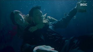 [My Secret Terrius] EP17 Jung In-sun throws body to save So Ji-seop, 내 뒤에 테리우스20181024