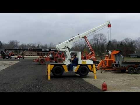 Tag 1 (9).MOV Drott 7 Ton Carry Deck Crane