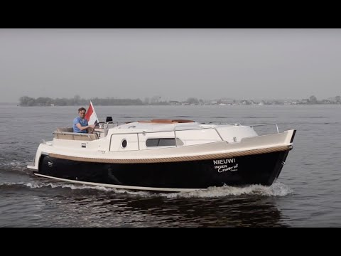 Yacht tour : Intercruiser 28 Cabrio - YouTube