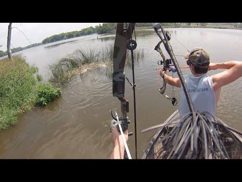 Bowfishing the Fox River  Jun 25, 2014