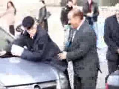 Italian Prime MInister dry humps Traffic Warden