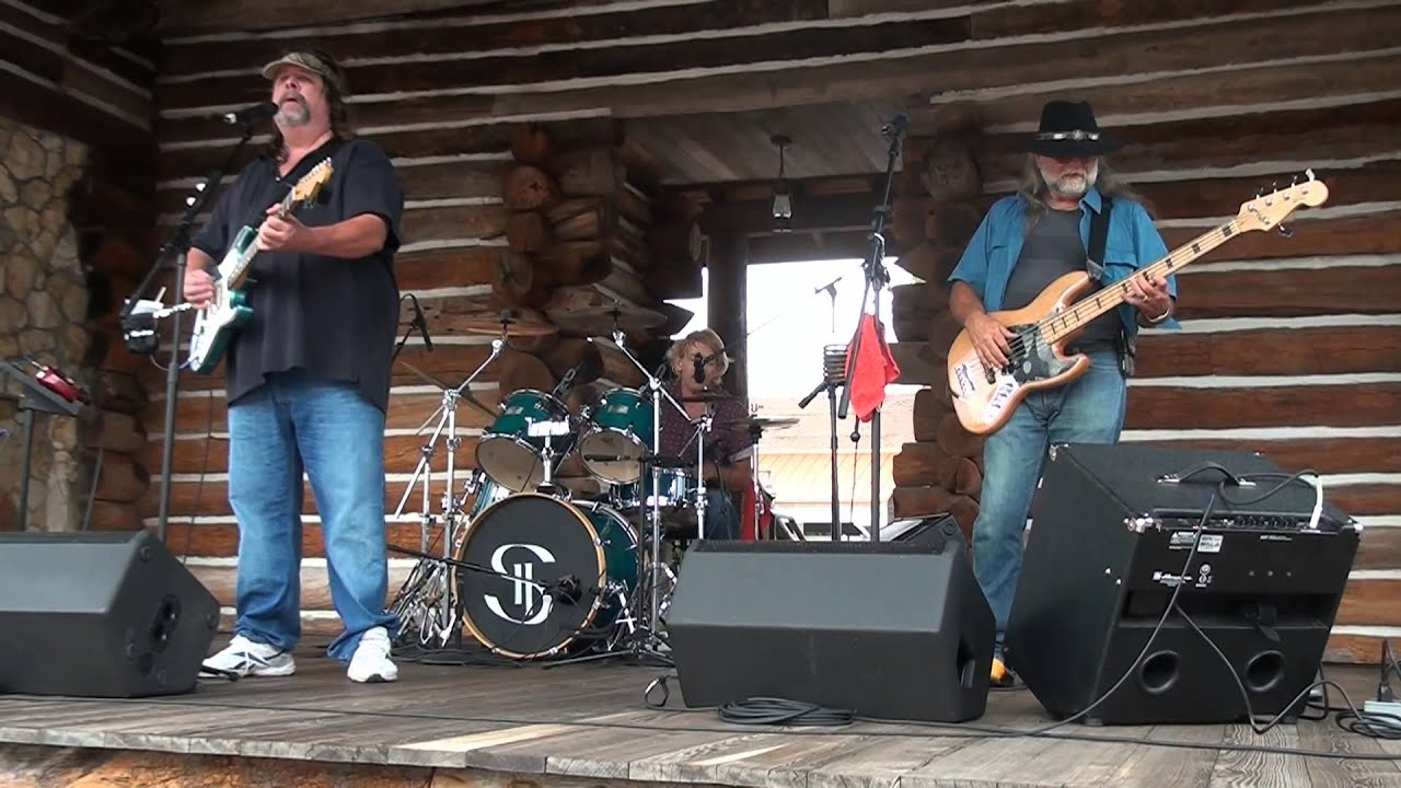 STEEL HORSE BAND performing the BROOKS AND DUNN hot NEON ...