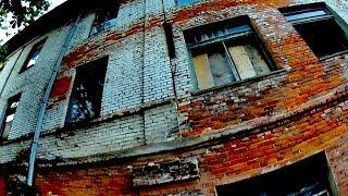 Заброшенный Дом. Старый Заброшенный Дом Видео. Футаж Детектив Триллер Ужастик. Футаж Заброшенный Дом