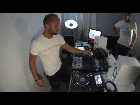 Malibu-Techno-Coca & Friends by Florian Castilla【livecam HQ 720p】