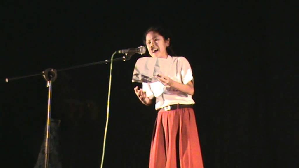 Anak Sd Juara Puisi Rendra Tk Nasional 2012 Youtube