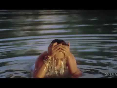 Amisha Patel Huge boob show thumbnail