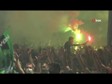 TFF 3. Lig Şampiyonu Kocaelispor'un kutlamaları kenti yaktı! | Ajansspor