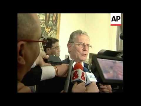 Colombian Interior minister resigns