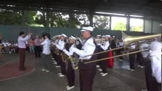 """Colegio Salarrue """"ole mambo"""" Desfile de Logros 2013"""