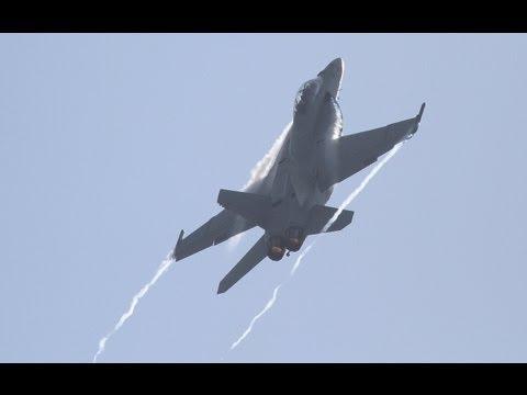 2011 California Capital Air Show - F/A-18F Super Hornet Demo & Legacy Flight