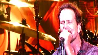 Pearl Jam - Alone - Wrigley Field (August 18, 2018)