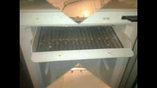 видео Ремонт холодильника Садко