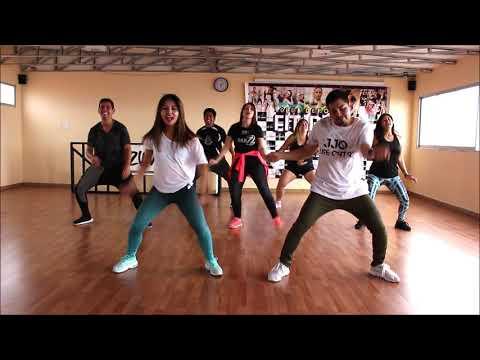 La Diabla / ZUMBA  - Nicky Jam Ft  Alex Sensation By MD TWINS