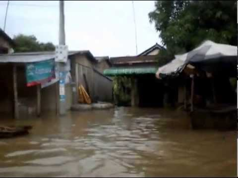 Big flood in rural Cambodia (Battambang Province)