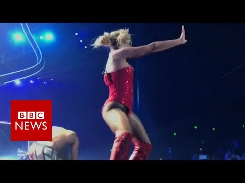 Britney Spears concert interrupted by stage invader - BBC News