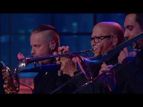 Closing Performance By Mark Farner | Huckabee