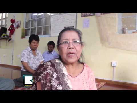 Singer Mar Mar Aye Donates for Education at Saffron School in Rangoon